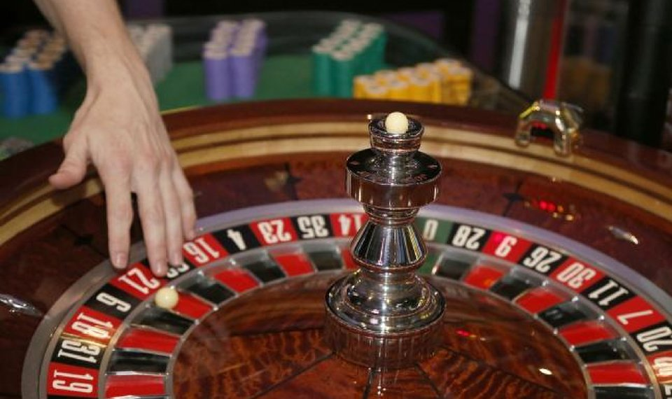 Online Casino! 4 Methods The Competition Knows, But You Do Not